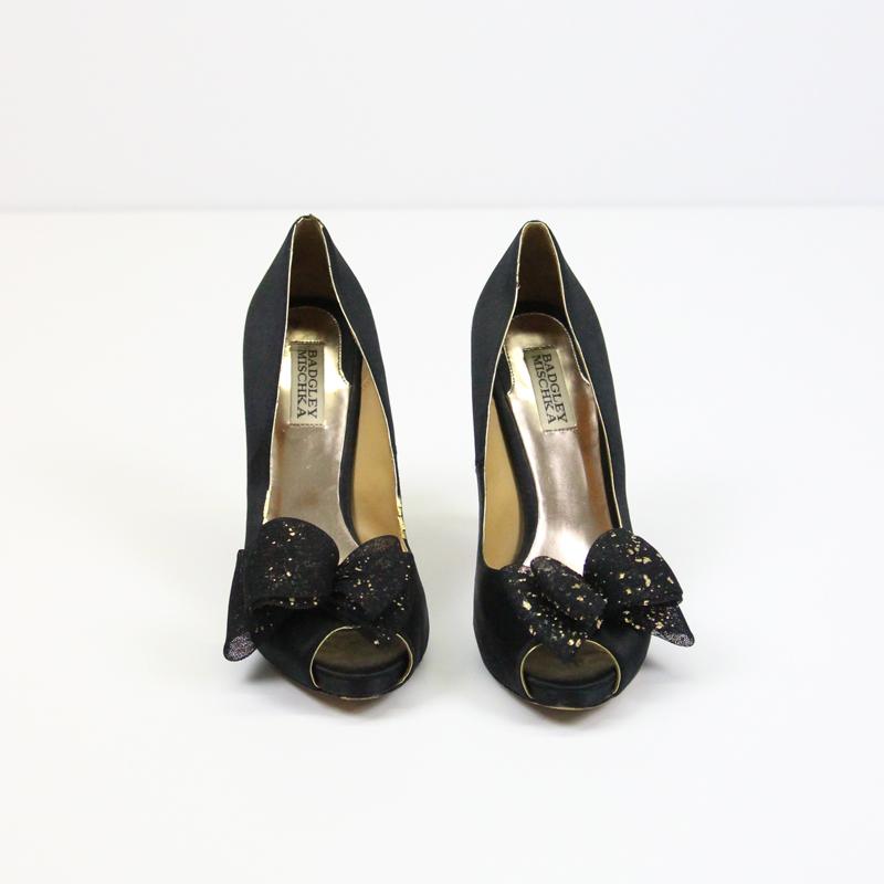 151b8d353ec Badgley Mischka Black   Gold Bow Heels – Front   Company